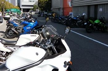 大阪モーターサイクルショー2018・バイク駐輪場