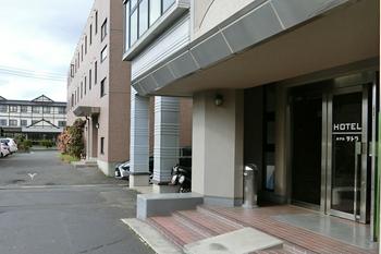 八戸・ホテルテトラ