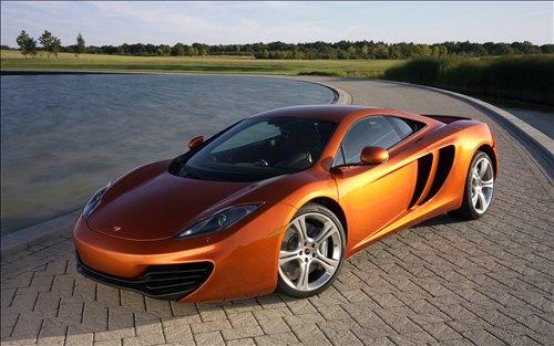 2011-McLaren-MP4-12C