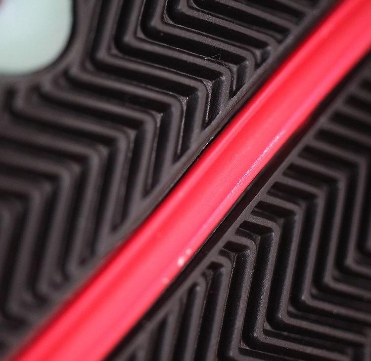 エア ジョーダン13 ティンカー ブラック レッド