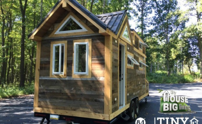 Tiny Living By 84 Lumber Featured On Diy Network Show 84