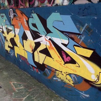 street-art-hong-kong-graffiti-china-mk
