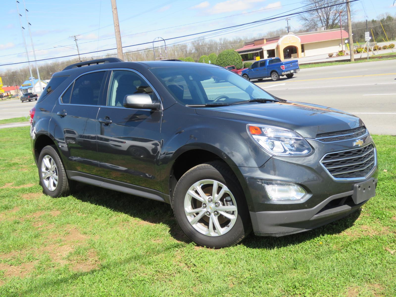 hight resolution of pre owned 2017 chevrolet equinox lt