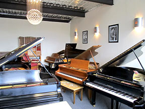 88 Keys Piano Warehouse west showroom