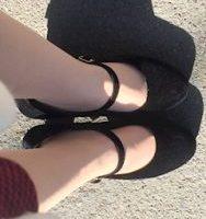池袋キャバクラはちみつくろーばー まい 靴