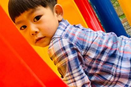[育兒] 防疫期間在家和小孩玩什麼?不出門也可以玩樂、學習的法寶|Youtube頻道推薦