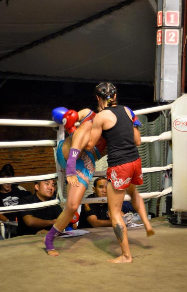Sylvie driving against the Ropes - Muay Thai