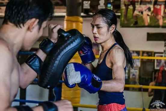 Angie Kathoey Muay Thai Fighter