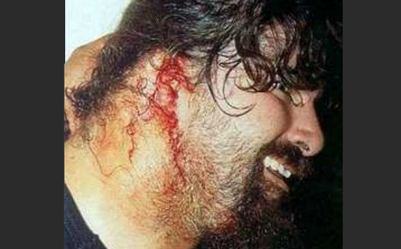 8 Insanely Real Moments in Pro Wresting - 6