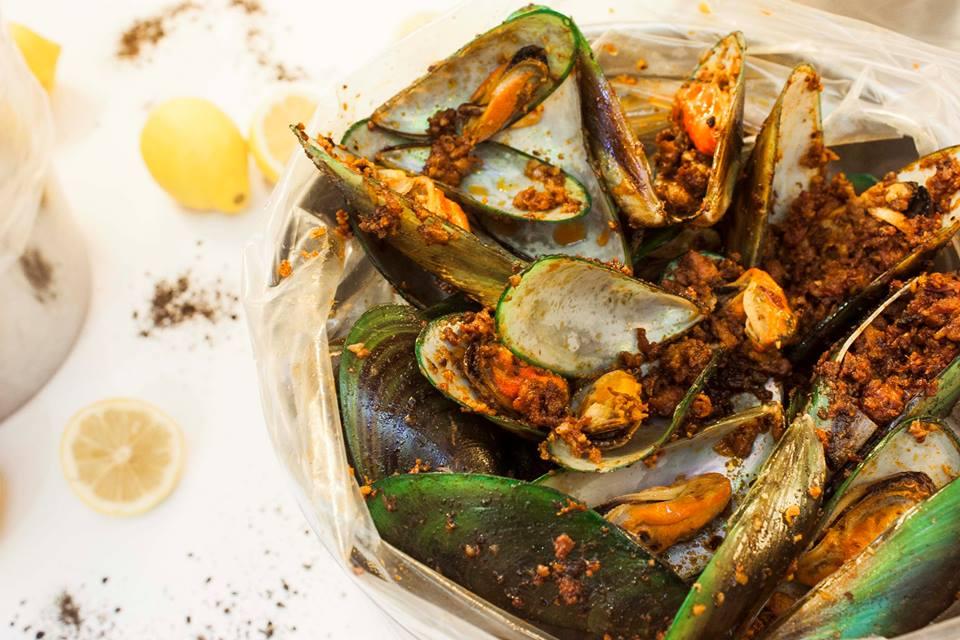 7b Seafood satisfaction
