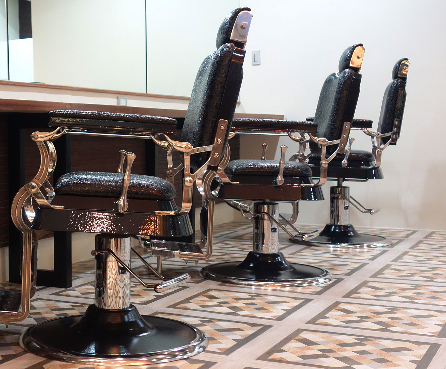 Old School Barber Chair 8 Fascinating Things About Going To A Barbershop Run By