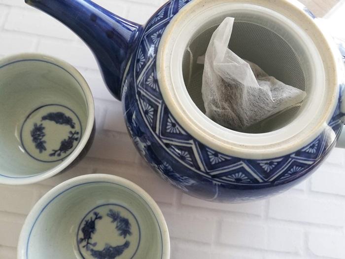 ダイエットに効果あり?毎日のプーアール茶を茶流痩々にしました   やりくりななえ.com