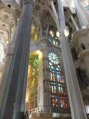 サグラダファミリア13木漏れ日_バルセロナ5-4ある日本人観光客のスペイン旅行記