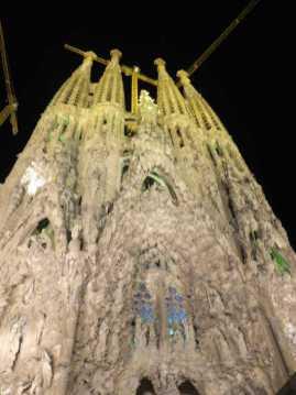 サグラダファミリア夜景03_バルセロナ_ある日本人観光客のスペイン旅行記