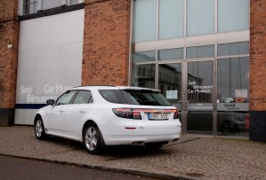 """""""Snow White"""" with Aero trim in front of the SAAB Museum in Trollhättan ©2014 9-5SC2012.com"""
