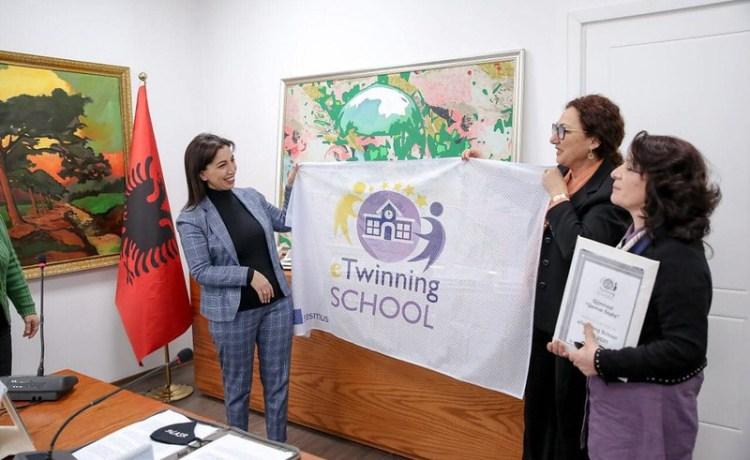 Απονομή Ευρωπαϊκού Βραβείου στα Εκπαιδευτήριά μας