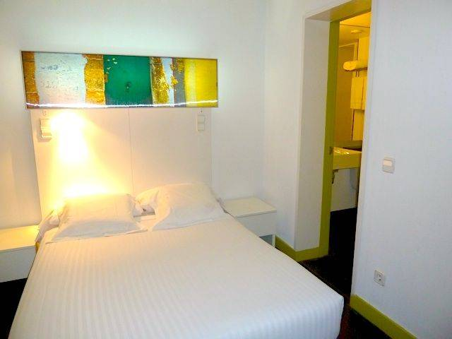 Raval Rooms Barcelona Review By Eurocheapo