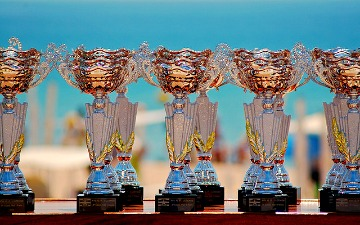 brand trophy image
