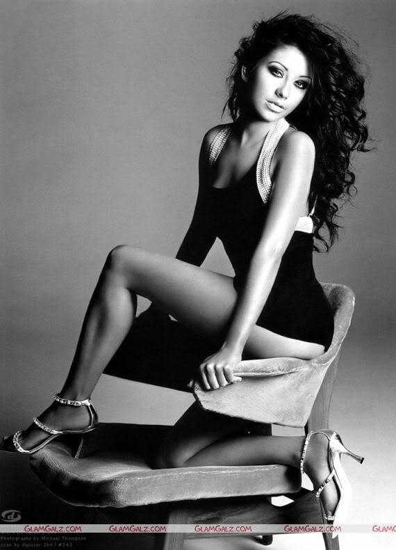 Christina Aguilera Black & White Stunning Photography