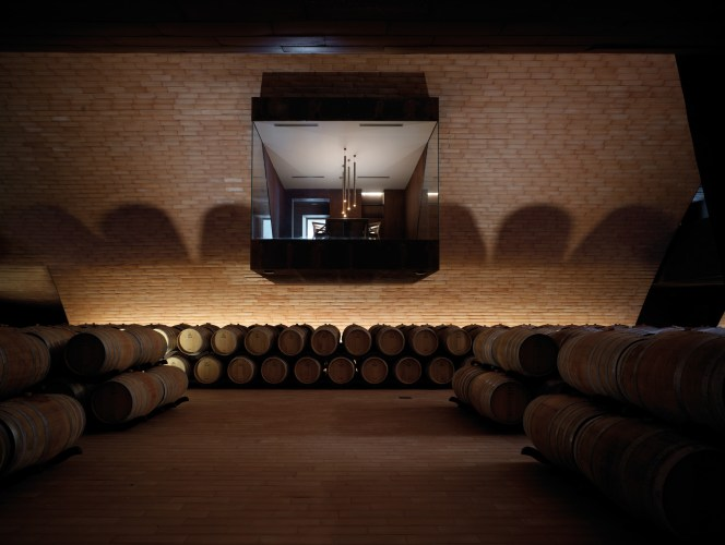 ARCHEA_CANTINA_ANTINORI_027_PS-Antinori-Winery-Archea-Associati-©-Pietro-Savorelli.jpg?fit=664%2C500