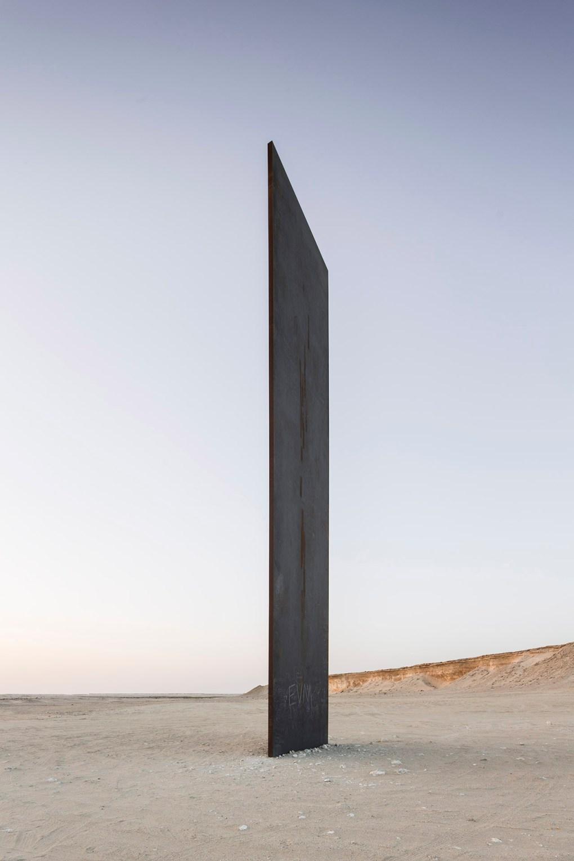 richard_serra_east_west_west_east_qatar_201014_217