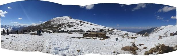 Selfie Stopp auf dem Babusar Pass (4170 m)