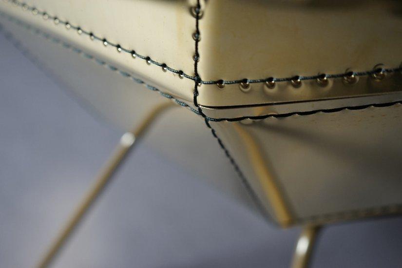 Metal Stitching - Färg & Blanche