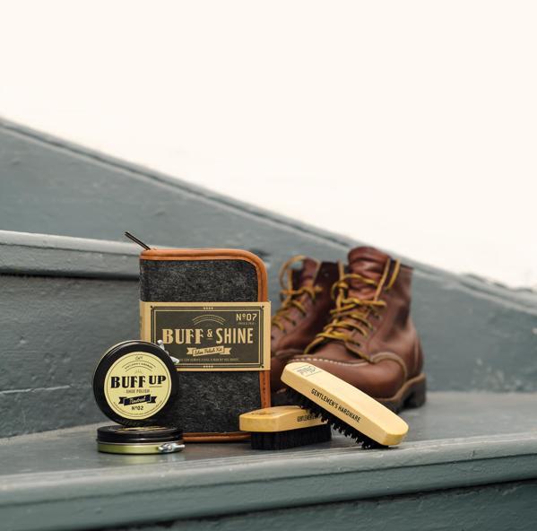 Buff & Shine Shoe Polish Kit - Gentlemen´s Hardware. Foto: Yellow Octopus