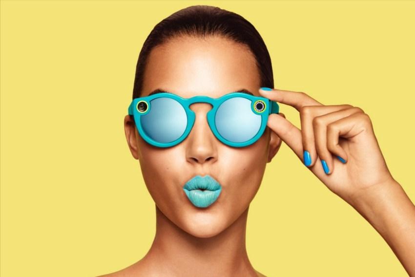 Okulary Spectacles do kręcenia filmików w serwisie Snapchat - fot. mat. pras.