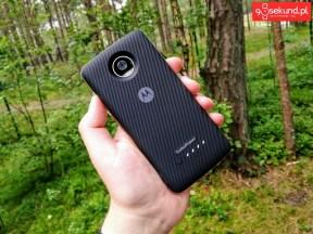 Recenzja Lenovo Moto Z2 Play (XT1710-09) z modułem bateryjnym Moto Mods TurboPower Pack - 90sekund.pl
