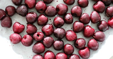 Great tips on how to freeze cherries individually and prevent them from becoming one big frozen mass in the freezer!