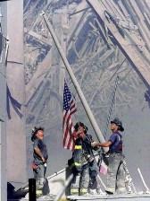wtc Firemen raise Flag