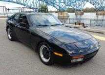 black 944