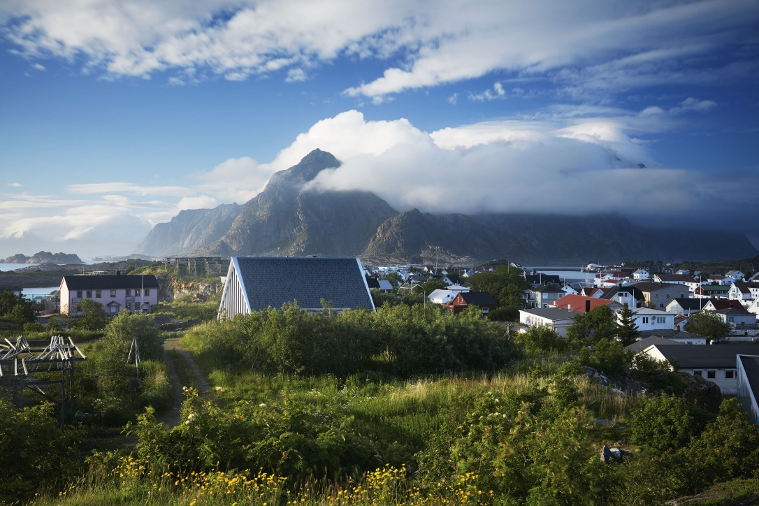 Picture of the Henningsvær Church