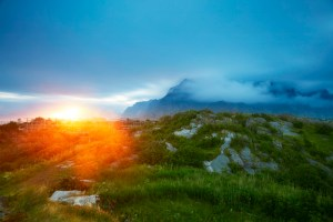 Picture of a Lofoten Midnight Sun