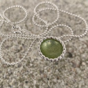 Native Dots Necklace Olive