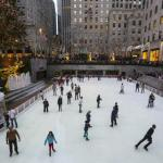 New York spends Christmas Eve in T-shirts, ice-skating puddles