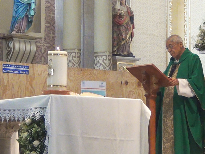 El obispo de Aguascalientes, José María de la Torre, llamó