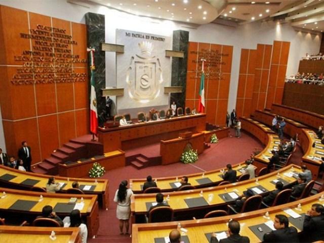 Los diputados ya fueron citados a una sesión extraordinaria para abordar el tema relacionado con el documento enviado por Ángel Aguirre.