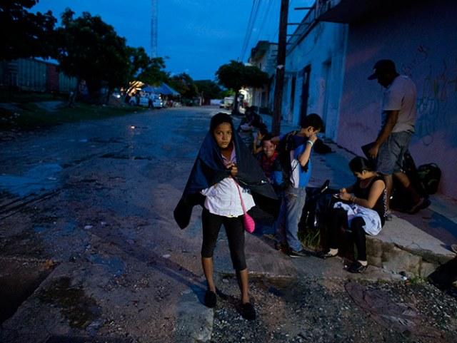 Las personas fueron detenidas cuando intentaban viajar ilegalmente desde ese Honduras a Estados Unidos.