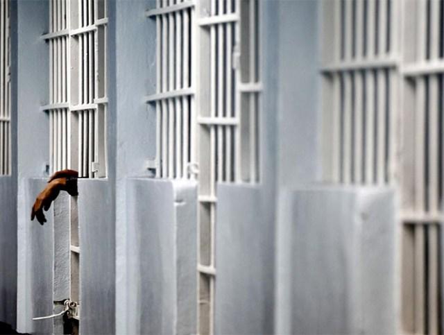 Christian Iván Martínez cuenta con diversas órdenes de aprehensión por los delitos de homicidio calificado y asociación delictuosa.