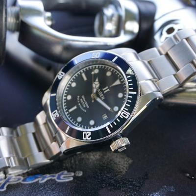 hager-aquamariner-black-2
