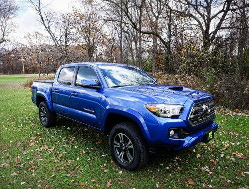 small resolution of daily driving the 2016 toyota tacoma trd sport