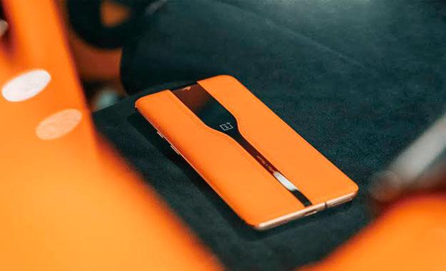 """OnePlus presentará su smartphone con cámara trasera """"invisible"""" y vidrio que cambia de color"""