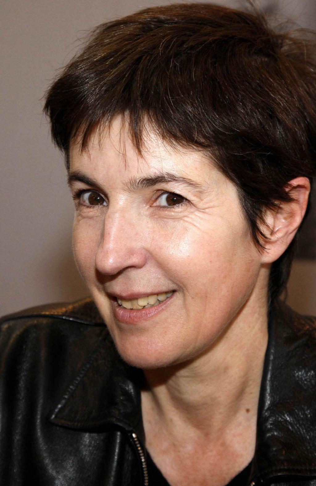 La biographie de Christine Angot par VanityFair.fr
