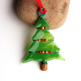 Beautiful Christmas Tree Ornaments Ideas You Must Have 20