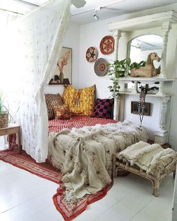 Comfy Boho Chic Style Bedroom Design Ideas 21