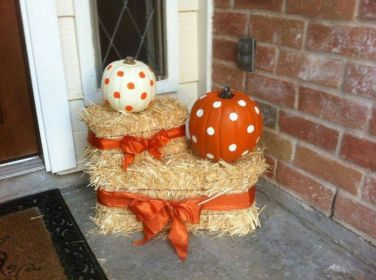 Easy But Inspiring Outdoor Fall Decoration Ideas 75