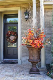 Easy But Inspiring Outdoor Fall Decoration Ideas 88