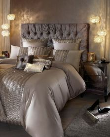 Inexpensive Romantic Bedroom Design Ideas You Will Totally Love 12